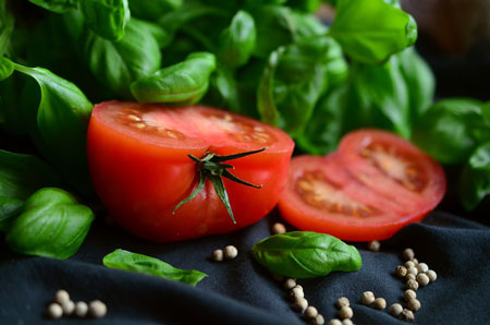 Tomato for healthy Skin
